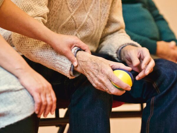 What Is Arthritis and How Is It Diagnosed?
