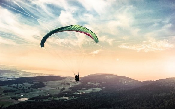 Paragliding place in India
