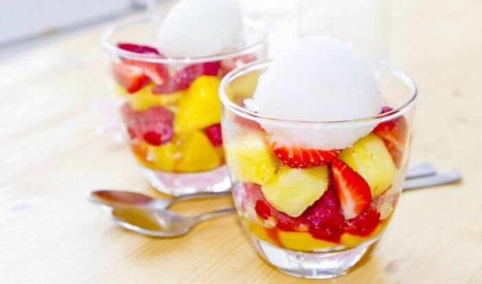 Peaches and nectarines in a cup