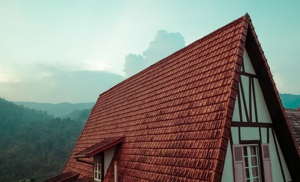 Why DIY Roof Solutions Are a Bad Idea?