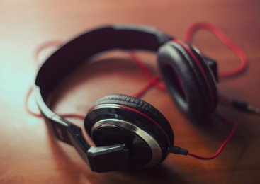 AAC vs. MP3 – Which Audio Format Is Best?