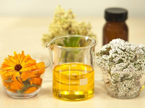Benefits of Turmeric Essential Oil