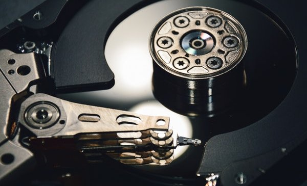 An Overview of Hard Drive Failure: Primary Causes, Preventive Measures, and Effective Data Recovery Solutions
