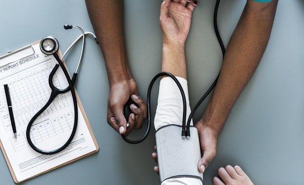 Tips for buying Health Insurance for senior citizens