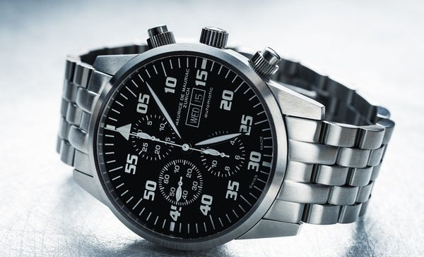 Why Purchasing an Expensive Watch Is Good to You?
