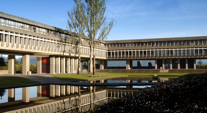 Top PG Courses to Study at Simon Fraser University
