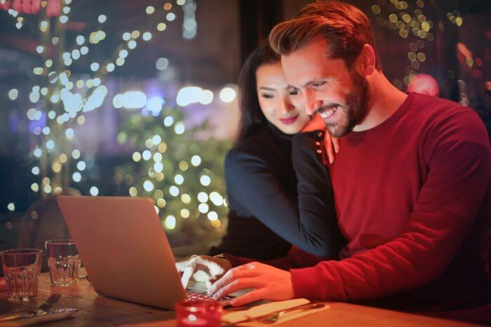 A couple doing online shopping